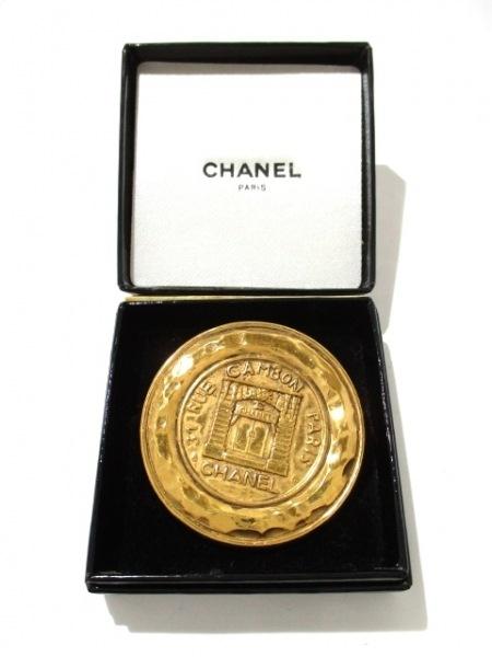 CHANEL(シャネル) ブローチ美品  金属素材 ゴールド 8