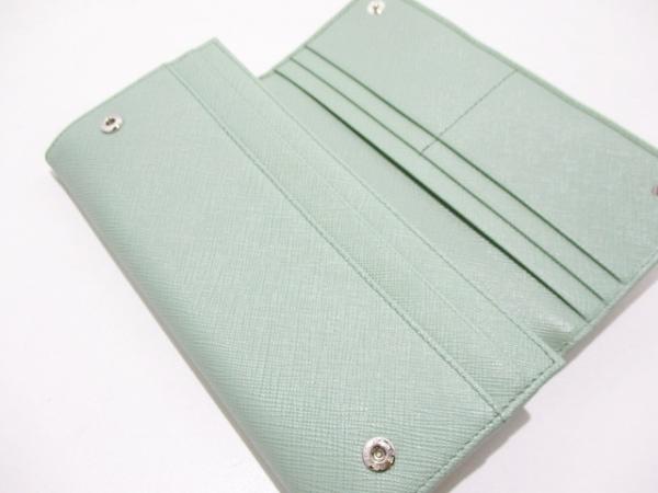 PRADA(プラダ) 長財布美品  - 1MH132 ライトグリーン リボン 3
