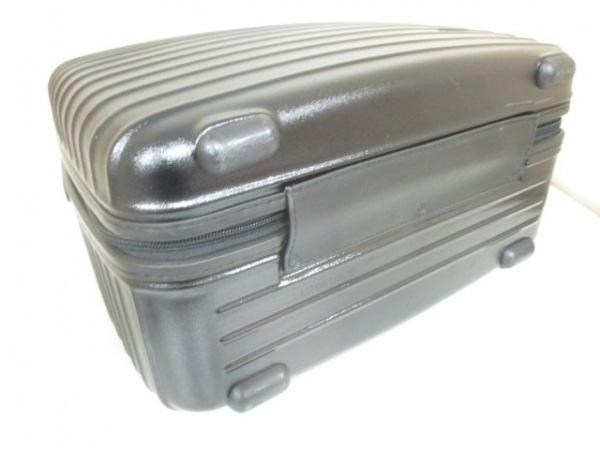 RIMOWA(リモワ) トランクケース美品  黒 ポリカーボネイト 4