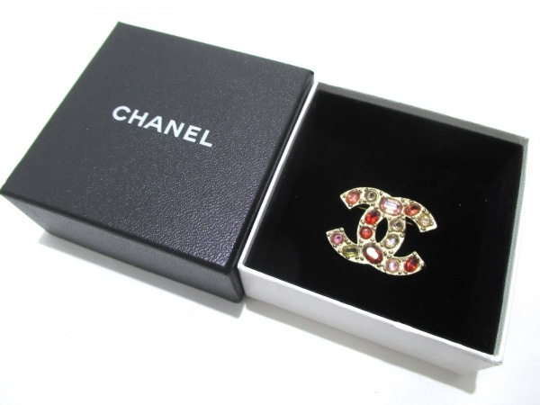 CHANEL(シャネル) ブローチ 金属素材×ラインストーン 6
