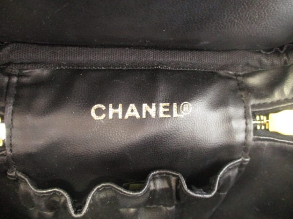 CHANEL(シャネル) バニティバッグ美品  キャビアスキン A01998 黒 6