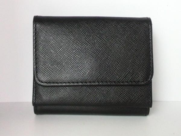 トッカ Wホック財布美品  黒×ゴールド リボン レザー×金属素材 2