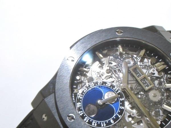 ウブロ 腕時計 アエロフュージョン ムーンフェイズ ブラックマジック 8
