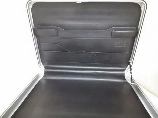 ゼロハリバートン アタッシュケース シルバー 金属素材 5