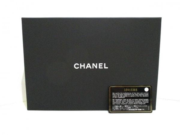 CHANEL(シャネル) 財布 マトラッセ A33814 イエロー ラムスキン 9