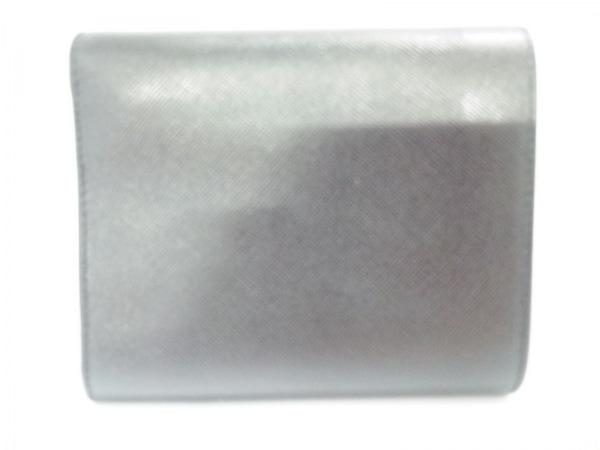 PRADA(プラダ) 3つ折り財布美品  - 黒×シルバー レザー×金属素材 2