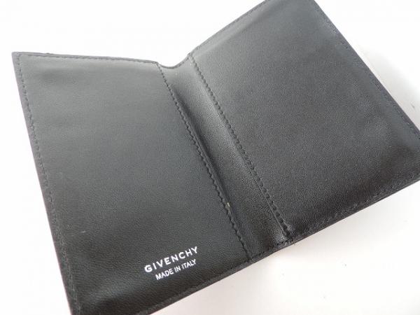 GIVENCHY(ジバンシー) カードケース美品  黒×ピンク×マルチ 花柄 4