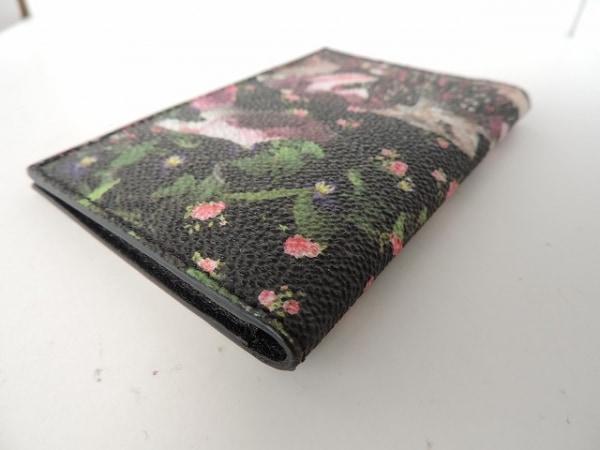 GIVENCHY(ジバンシー) カードケース美品  黒×ピンク×マルチ 花柄 8