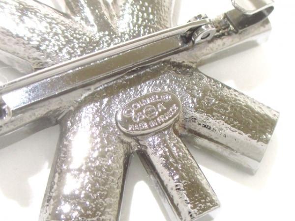 CHANEL(シャネル) ブローチ美品  金属素材×ラインストーン 3
