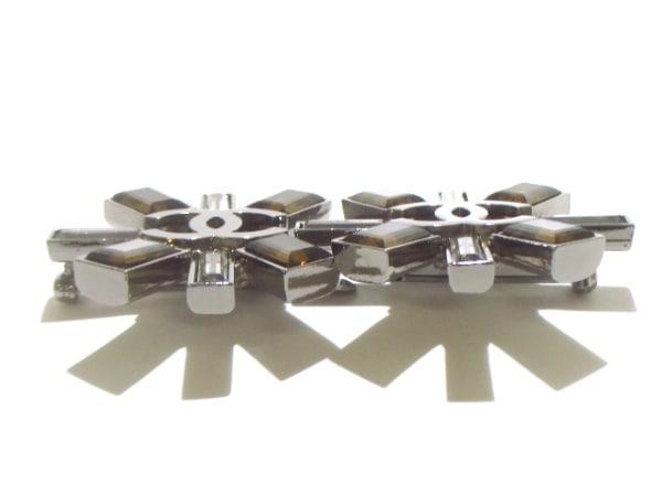 CHANEL(シャネル) ブローチ美品  金属素材×ラインストーン 7