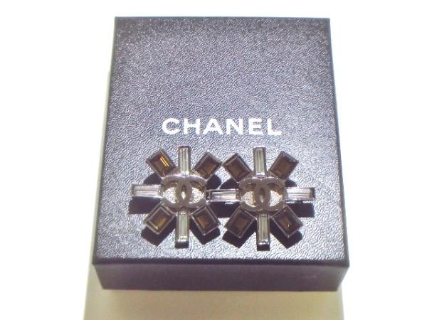 CHANEL(シャネル) ブローチ美品  金属素材×ラインストーン 8
