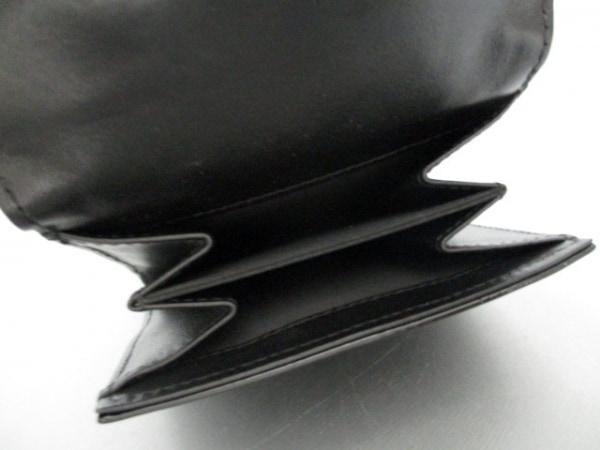 シャネル Wホック財布美品  シンボルチャーム 黒 エナメル(レザー) 4
