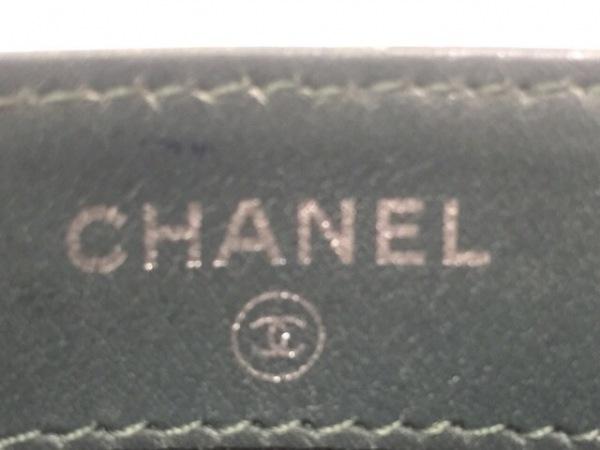 CHANEL(シャネル) カードケース マトラッセ グリーン キャビアスキン 4