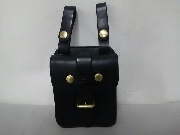 HERZ(ヘルツ) バッグ美品  黒 ベルトポーチ レザー 0