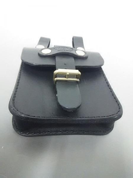 HERZ(ヘルツ) バッグ美品  黒 ベルトポーチ レザー 4