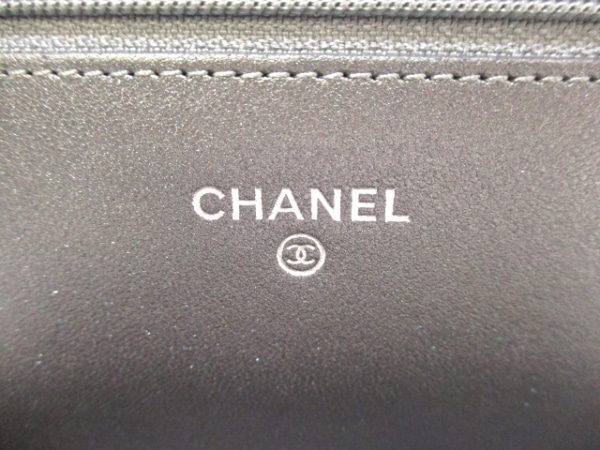 シャネル 財布美品  マトラッセ A80699 メタリックグレー ラムスキン 5