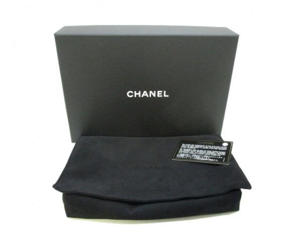 シャネル 財布美品  マトラッセ A80699 メタリックグレー ラムスキン 9