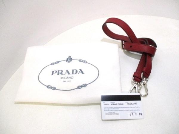 PRADA(プラダ) ハンドバッグ美品  - 1BB022 レッド 革タグ レザー 9