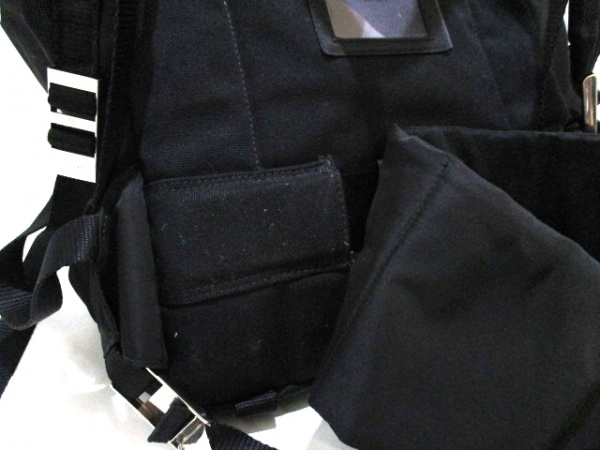 PRADA(プラダ) リュックサック美品  - V133 黒 ナイロン 9