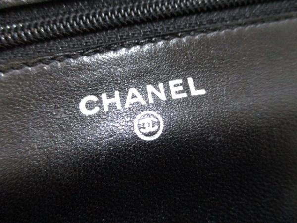 CHANEL(シャネル) 財布 マトラッセ A33814 黒 ラムスキン 5