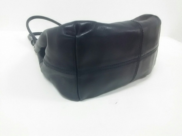 PRADA(プラダ) トートバッグ美品  - 黒 レザー 4
