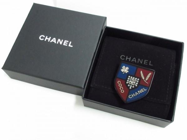 CHANEL(シャネル) ブローチ美品  プラスチック 黒×ボルドー×マルチ 6