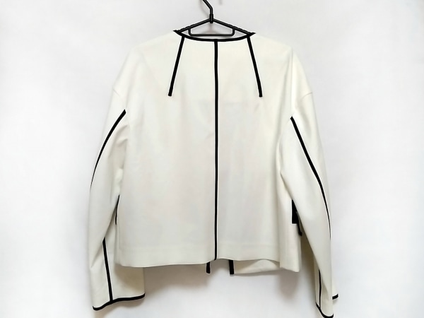 アドーア ジャケット サイズ36 S レディース美品  アイボリー×黒 2