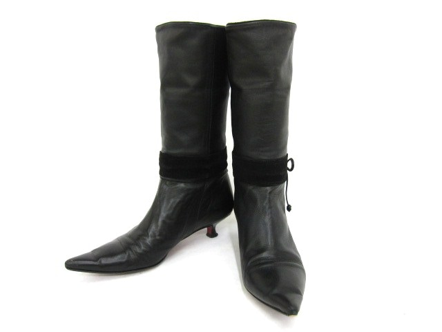 Poontoora(プーントゥーラ)のブーツ