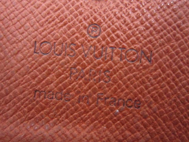 LOUIS VUITTON(ルイヴィトン)のミュルティクレ4