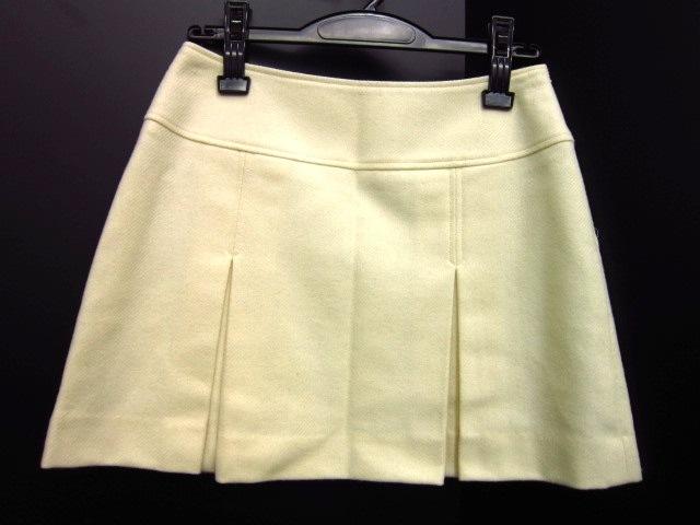 R・F(アール・エフ)のスカート
