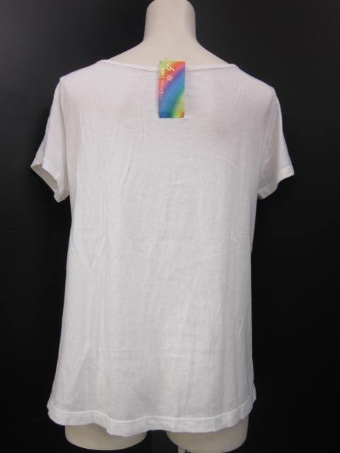ISBIT(アイズビット)のTシャツ
