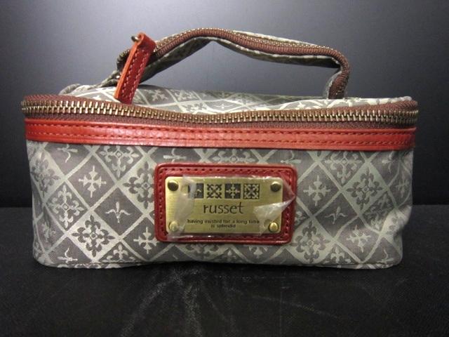 russet(ラシット)のバニティバッグ