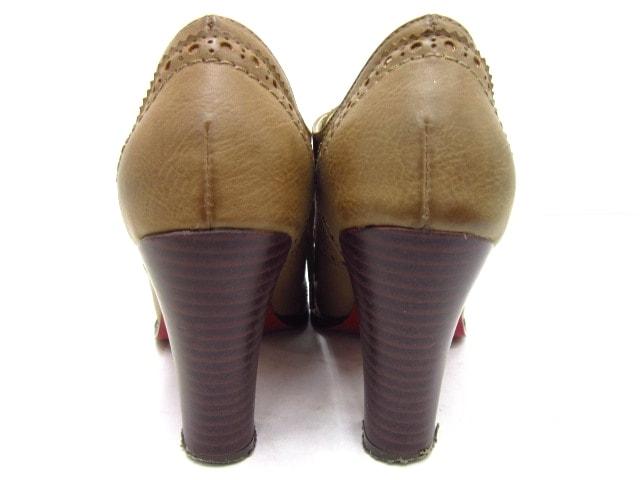 ISBIT(アイズビット)のブーツ