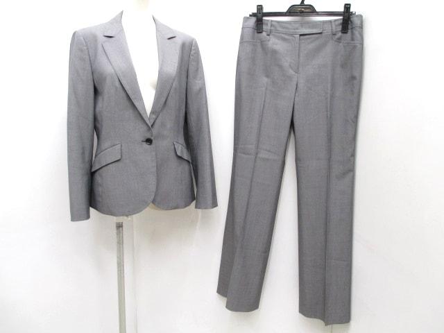 a' aire(アエル)のレディースパンツスーツ