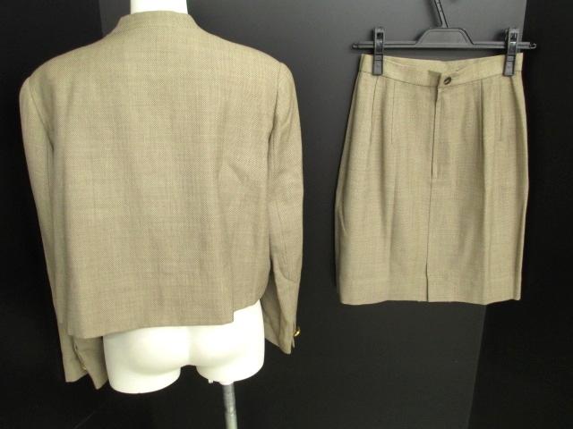 CHRISTIAN AUJARD(クリスチャンオジャール)のスカートセットアップ