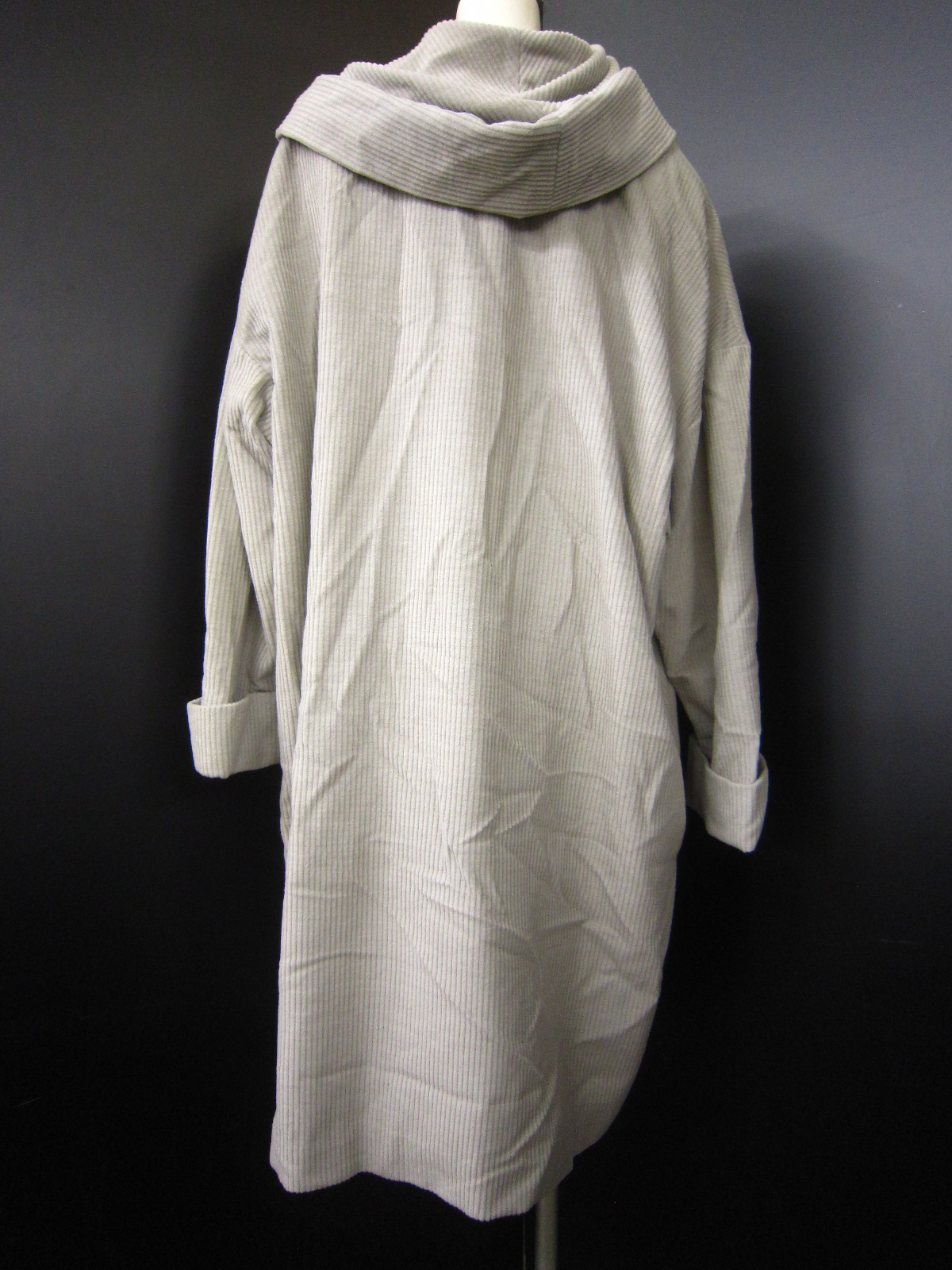 CORVO BIANCO(コルボビアンコ)のコート