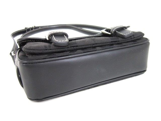COACH(コーチ)のシグネチャーミニフィールドバッグ