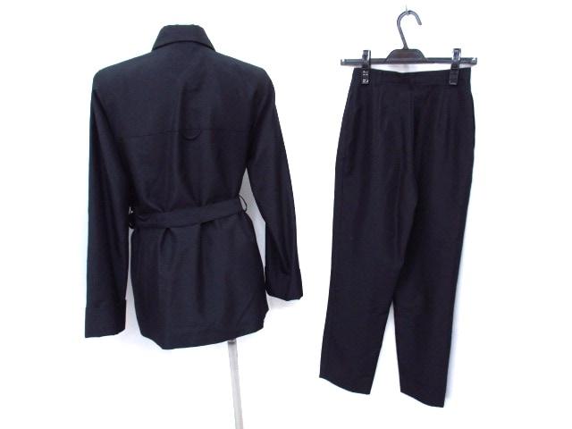 B DONNA(ビドンナ)のレディースパンツスーツ