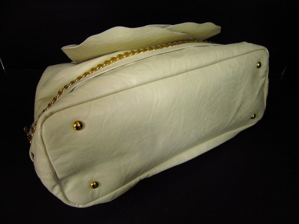 HIAND(ハイアンド)のハンドバッグ