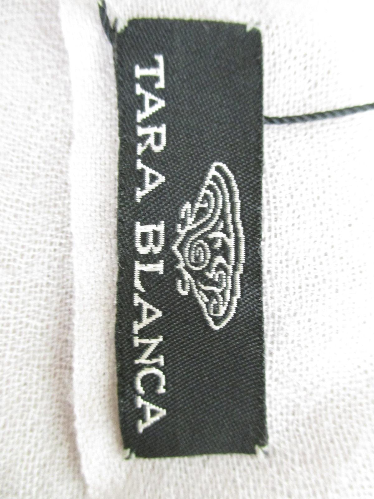 TARA BLANCA(ターラブランカ)のマフラー