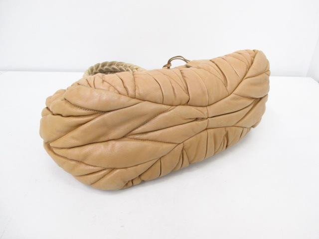 miumiu(ミュウミュウ)のギャザーバッグ