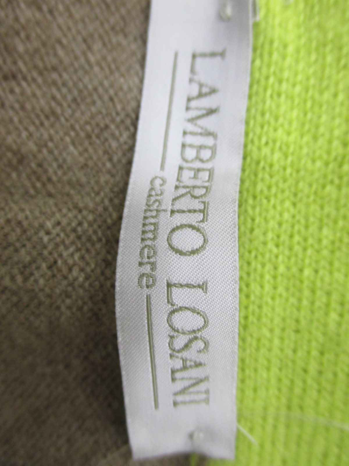 LAMBERTO LOSANI(ランベルトロザーニ)のセーター