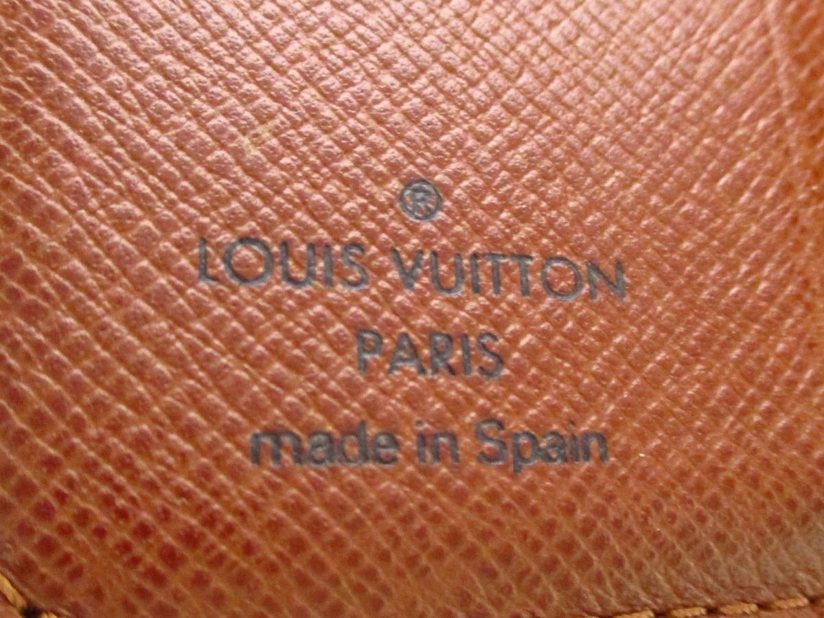 LOUIS VUITTON(ルイヴィトン)のコンパクト・ジップ