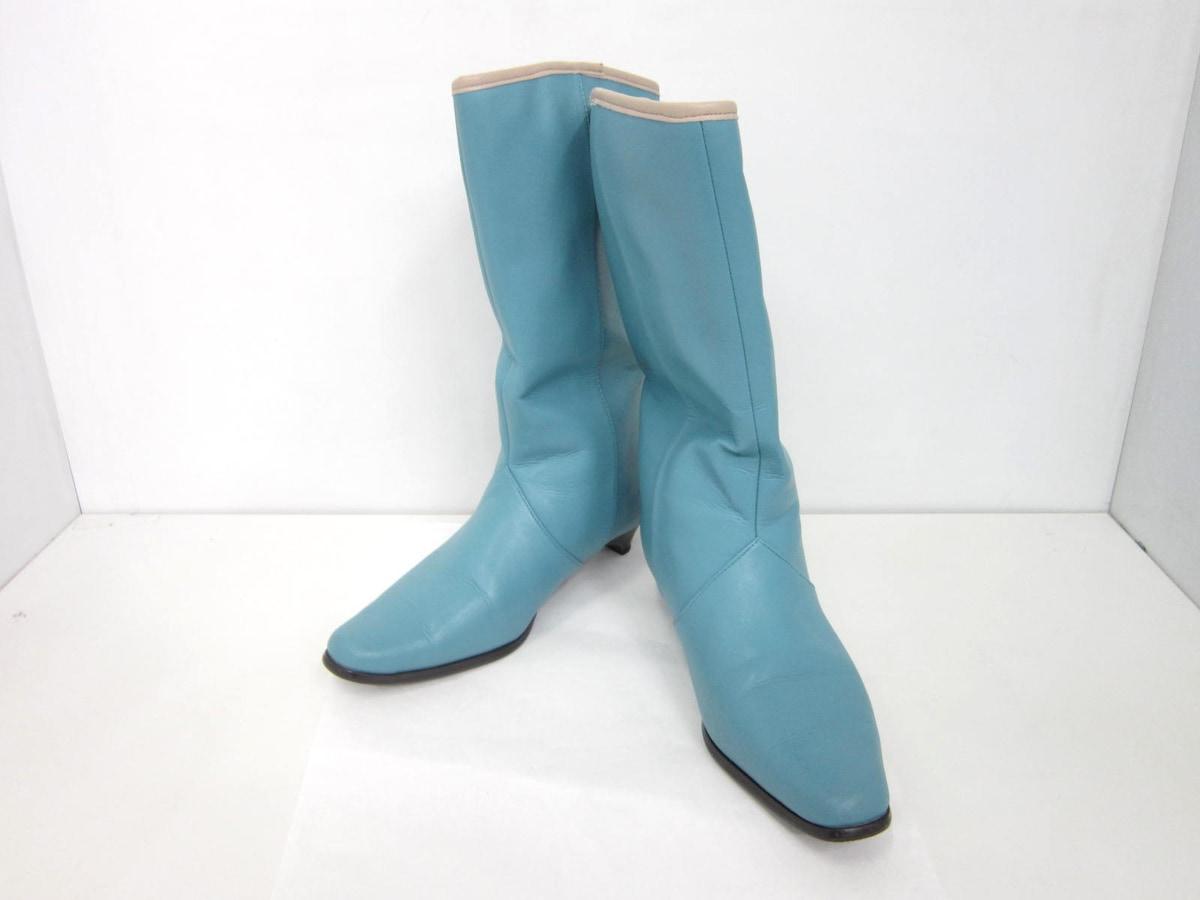 Sybilla(シビラ)のブーツ