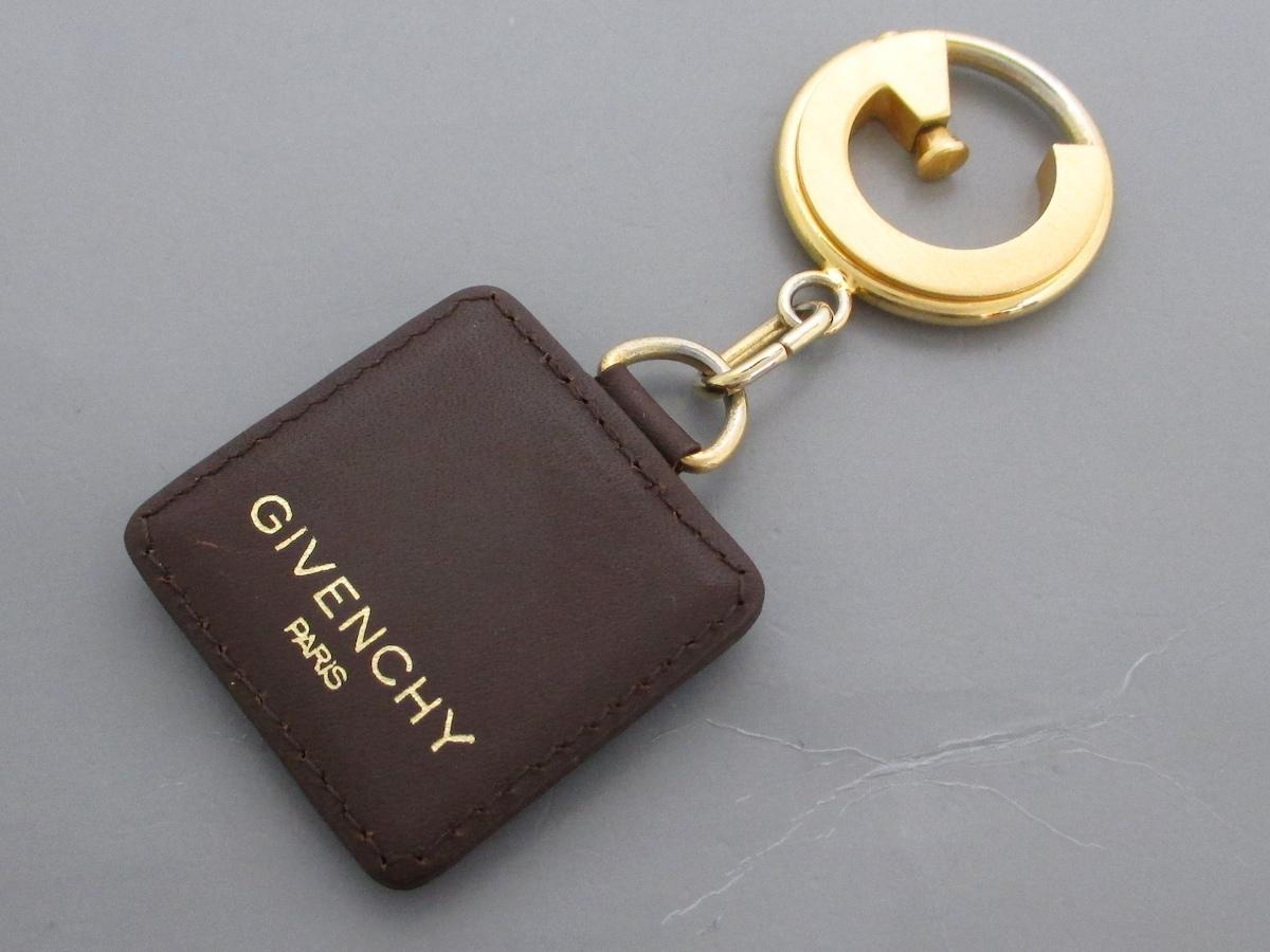 GIVENCHY(ジバンシー)のキーホルダー(チャーム)