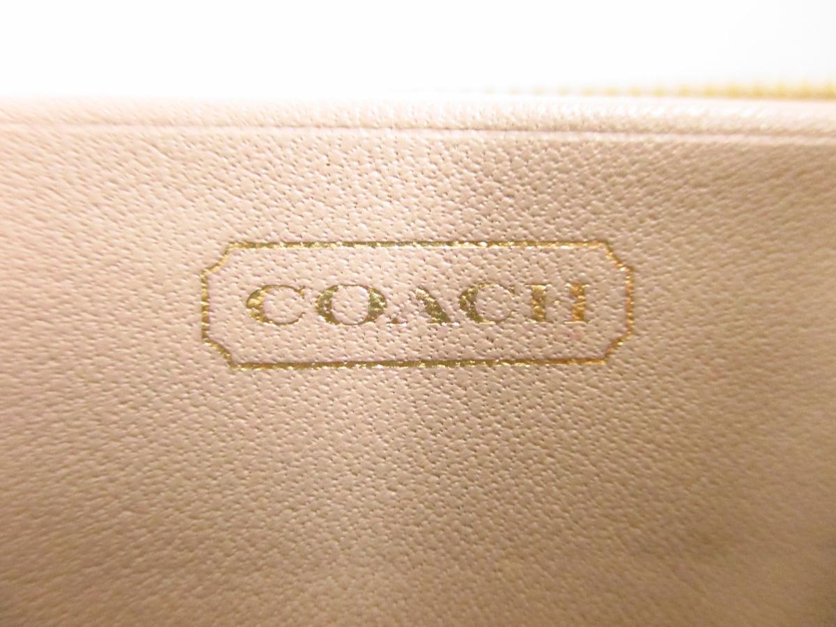 COACH(コーチ)のオプティックシグネチャー柄