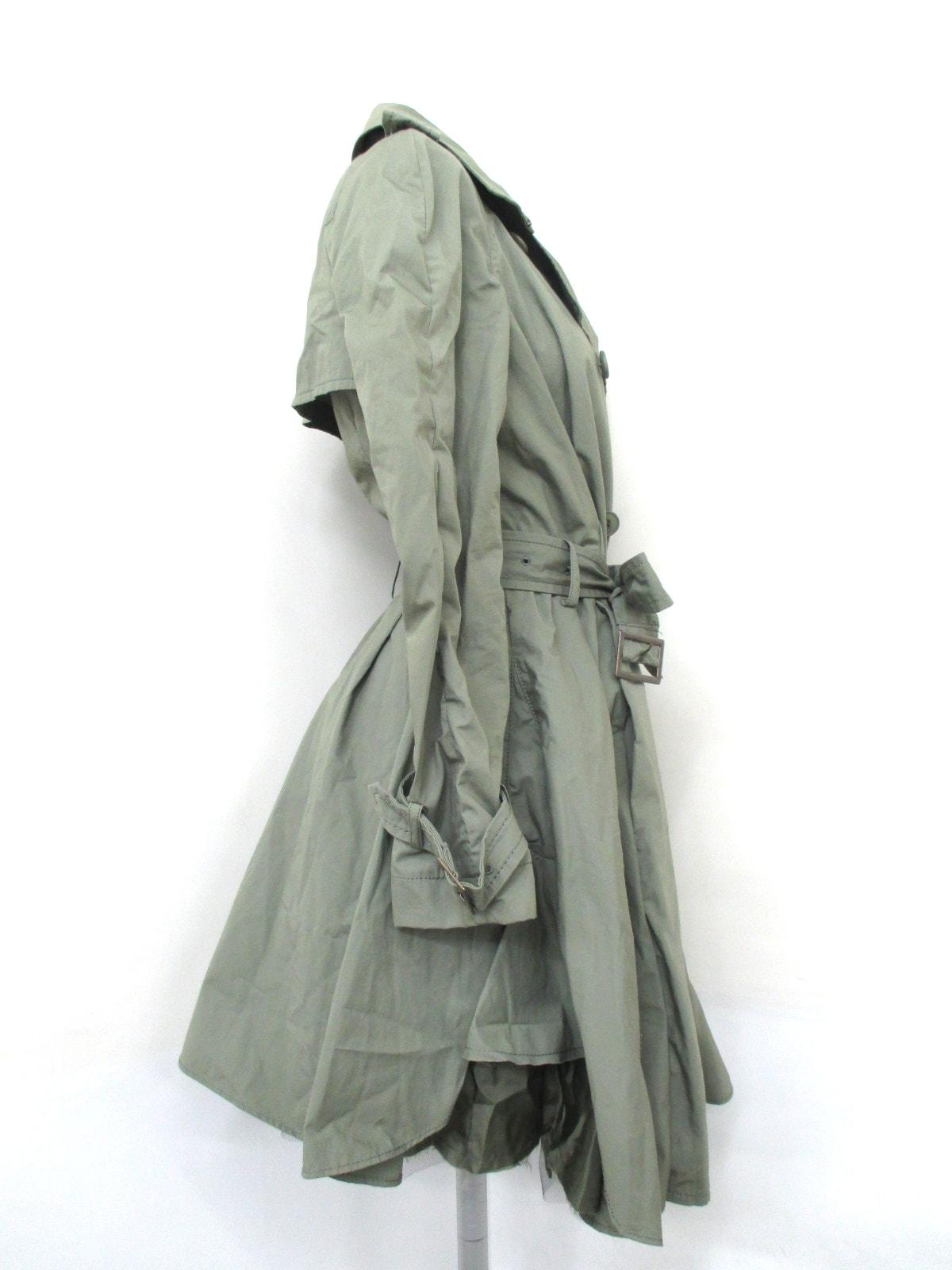 C.PILI(ピリ)のコート