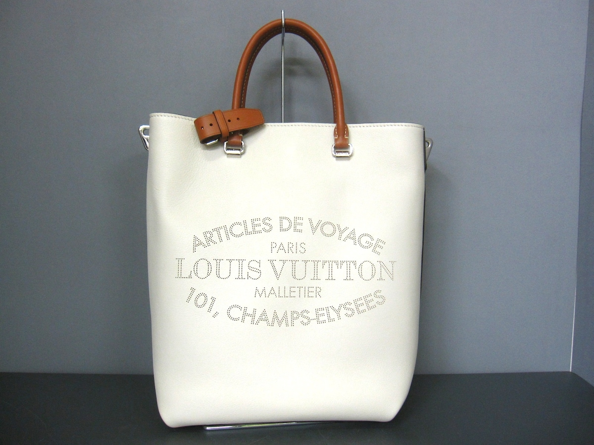 LOUIS VUITTON(ルイヴィトン)のフロールMM