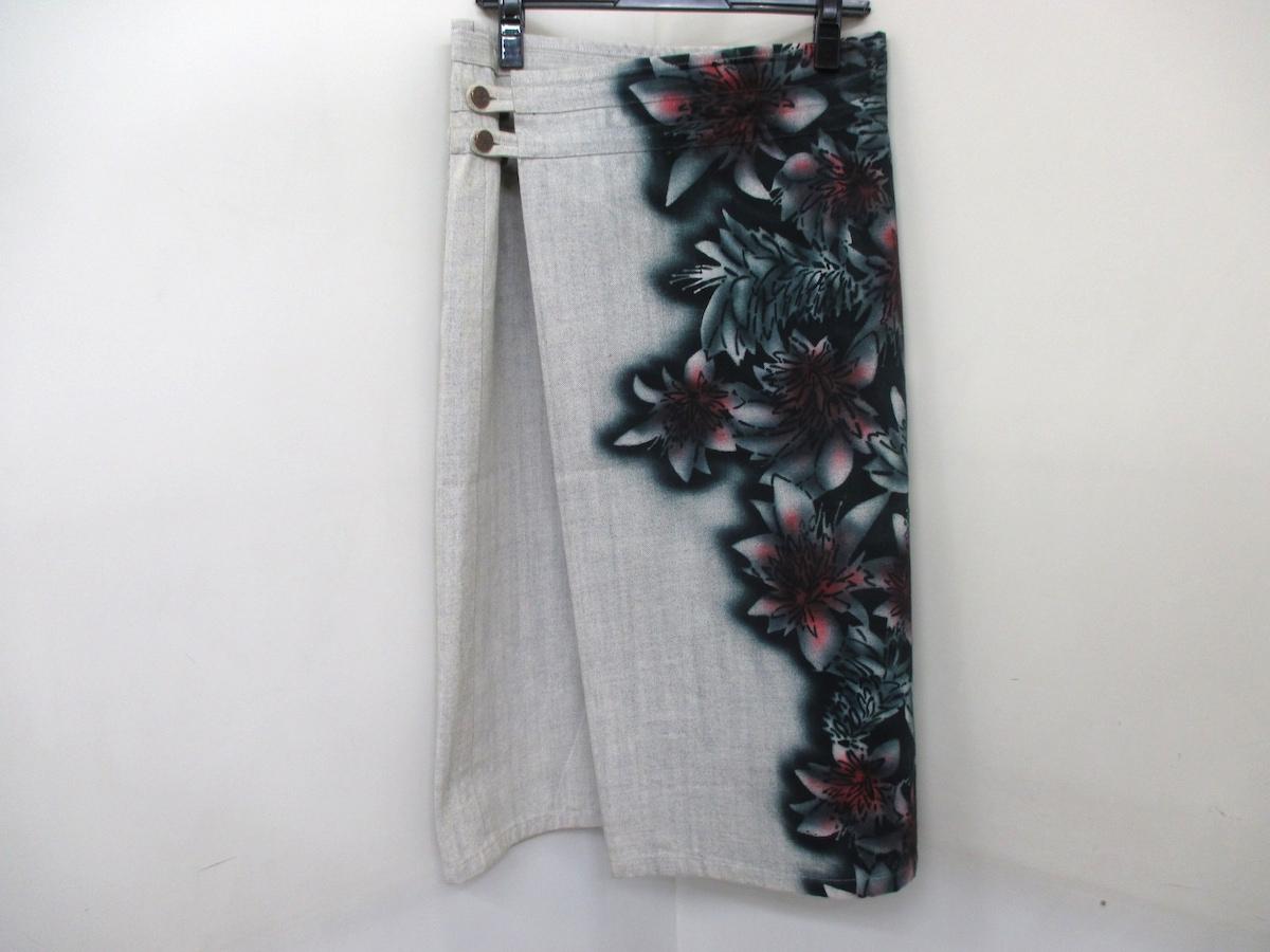 YOKANG(ヨーカン)のスカート