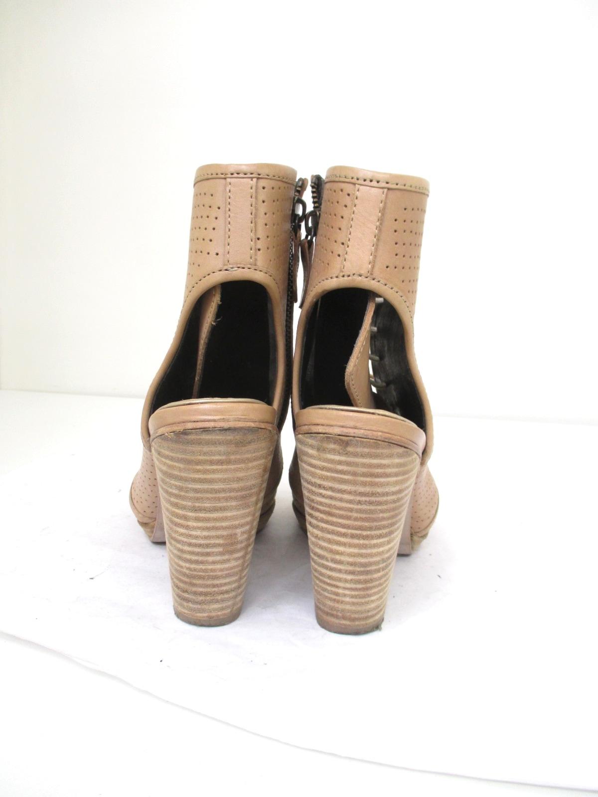 MIISTA(ミスタ)のブーツ